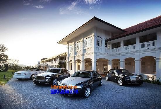 劳斯莱斯汽车(左至右:幻影软顶敞篷车、幻影、最新试验车型200EX高清图片