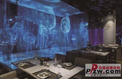 等餐不再无聊 裸眼3d全息投影餐厅开到杭州