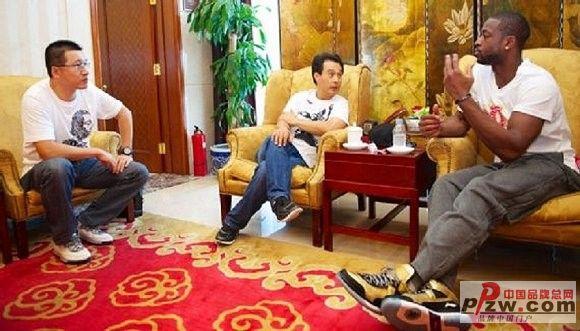 巨额合同、定制球鞋中国运动品牌和NBA的故事
