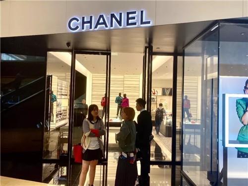 奢侈品在中国就像是必需品?