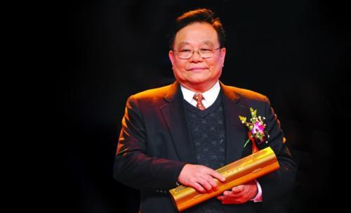 董明珠最敬畏的人,54岁再创业,誓把企业做上5百年