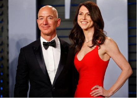 前妻承诺将360亿美元财产捐出一半贝佐斯:我为她骄傲