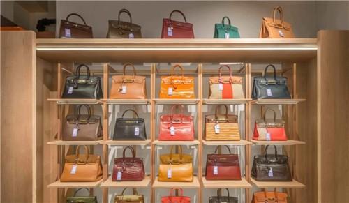 现金为王?香港消费者正疯狂抛售奢侈品